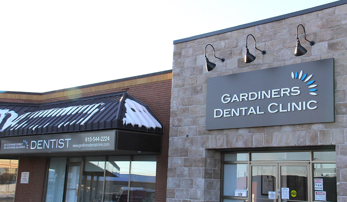 outside of building entrance to Gardiners Dental Clinic